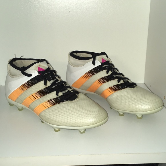 online store ca422 d97f2 adidas Other - Adidas Soccer Cleats